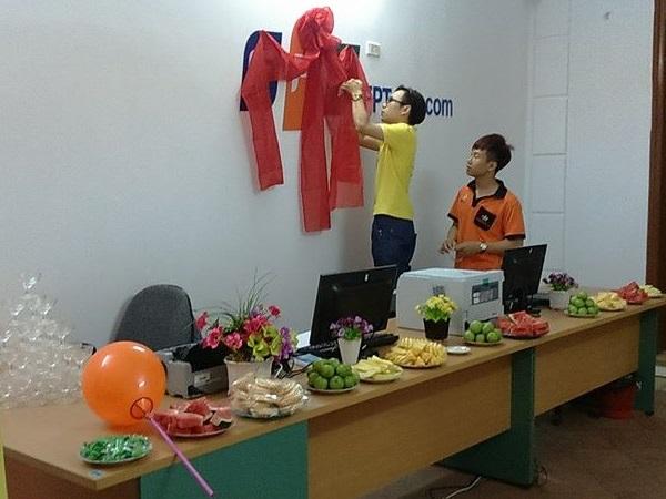 Tiệc mừng khai trương văn phòng fpt Văn Giang