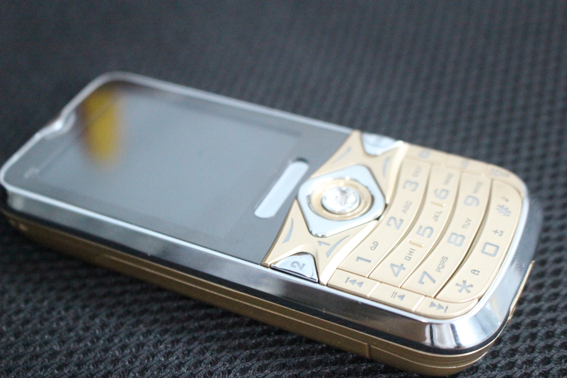 Điện thoại pin khủng 6800mah