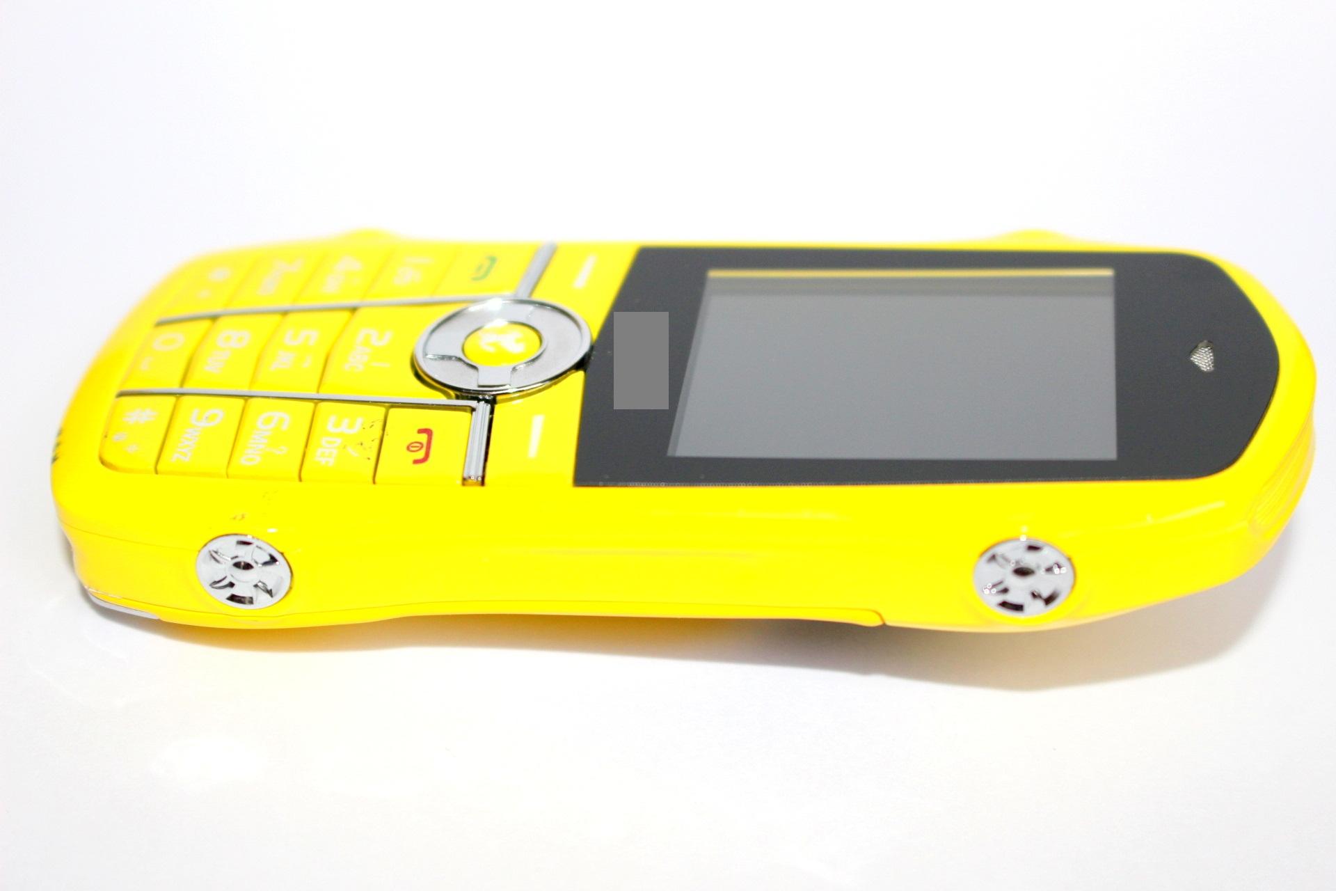 Điện thoại hình xe hơi T888