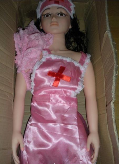 Đóng hộp bao bì sản phẩm búp bê nữ y tá