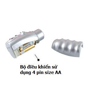 Bộ điều khiển sử dụng 4 pin size AA