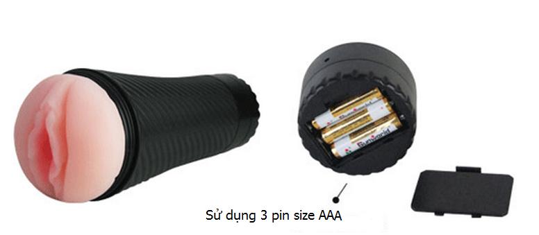 Hình dáng đep mắt và sử dụng 3 pin AAA lắp ở đuôi