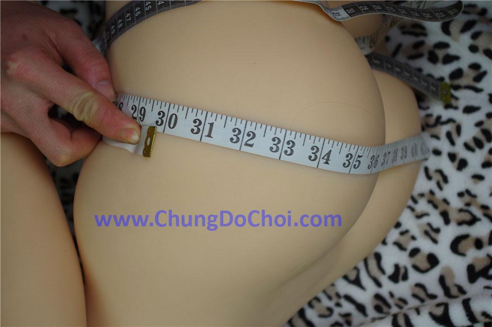Số đo vòng mông của búp bê