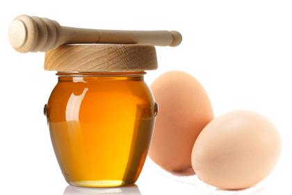 làm đẹp với mật ong và trứng gà