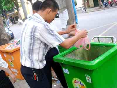 Sản phẩm từ rác hữu cơ dự triển lãm