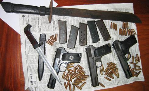 Hành trình truy bắt băng cướp tiệm vàng có 3 khẩu súng