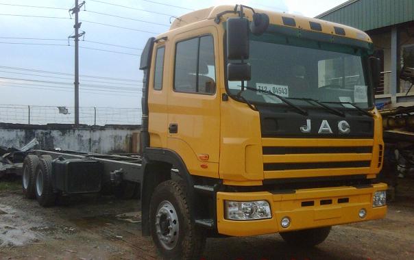 Mua bán Xe tải JAC 3 chân 260 hp mới