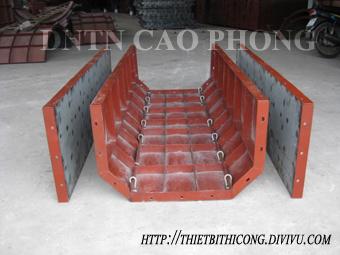 Cốp pha thép, cốp pha cầu, gia công bản mã, bích cọc, thiết bị thi công xây dựng Cop-pha-thep-muong-thuy-loi