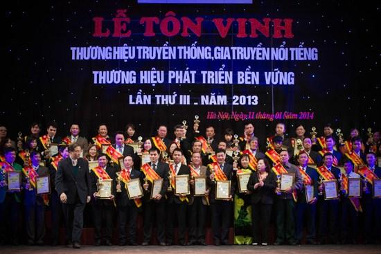 Video Lễ trao giải thương hiệu truyền thống gia truyền nổi tiếng
