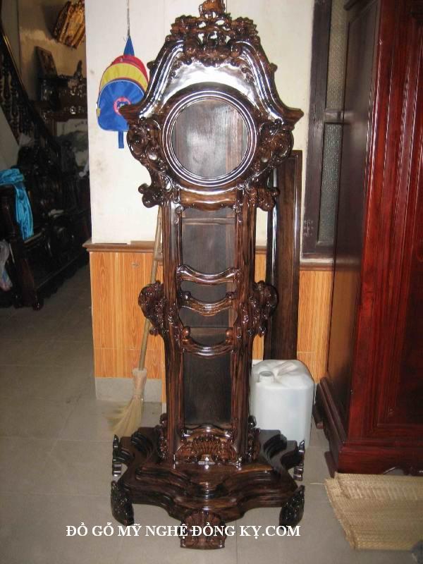 Đồng hồ gỗ đồng kỵ