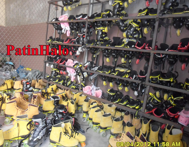 giá đựng giầy patin
