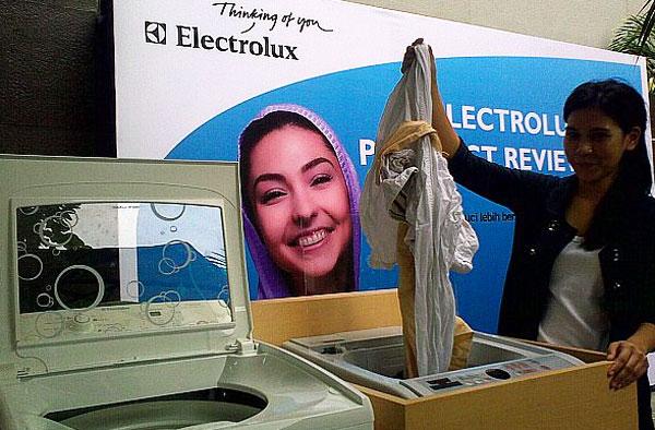 Máy giặt Electrolux cửa trên không xả nước?
