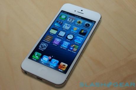 Apple sẽ bán được 75 triệu iPhone giá rẻ vào năm sau