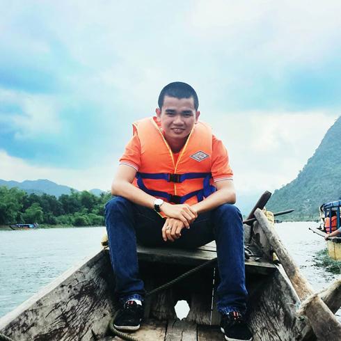 Những người  vác tù và hàng tổng ở FPT Đà Nẵng