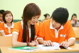 Thầy giáo và học sinh