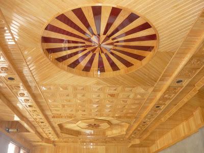 Trần gỗ Pơmu nhà anh Long địa chỉ: Phòng 205 nhà CT4-4 khu đô thị Mễ Trì
