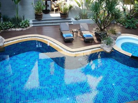 Máy ozone xử lý nước bể bơi