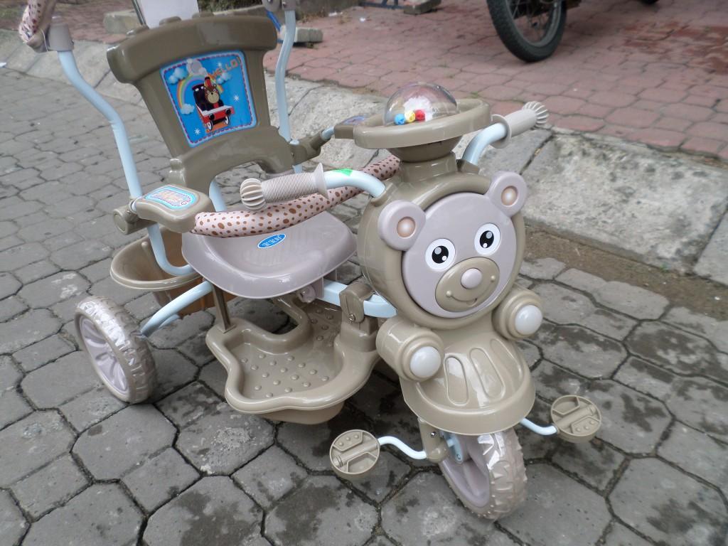 Xe đẩy em bé du lịch