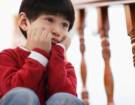Tai hại vì dạy con bằng cách nói lẫy