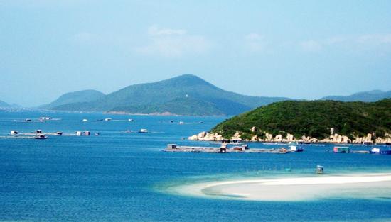 Kỳ ảo vịnh Vân Phong
