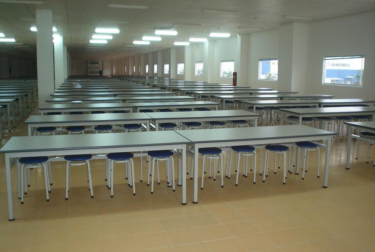 bàn ghế inox cho nhà ăn công nghiệp,căn tin công nhân
