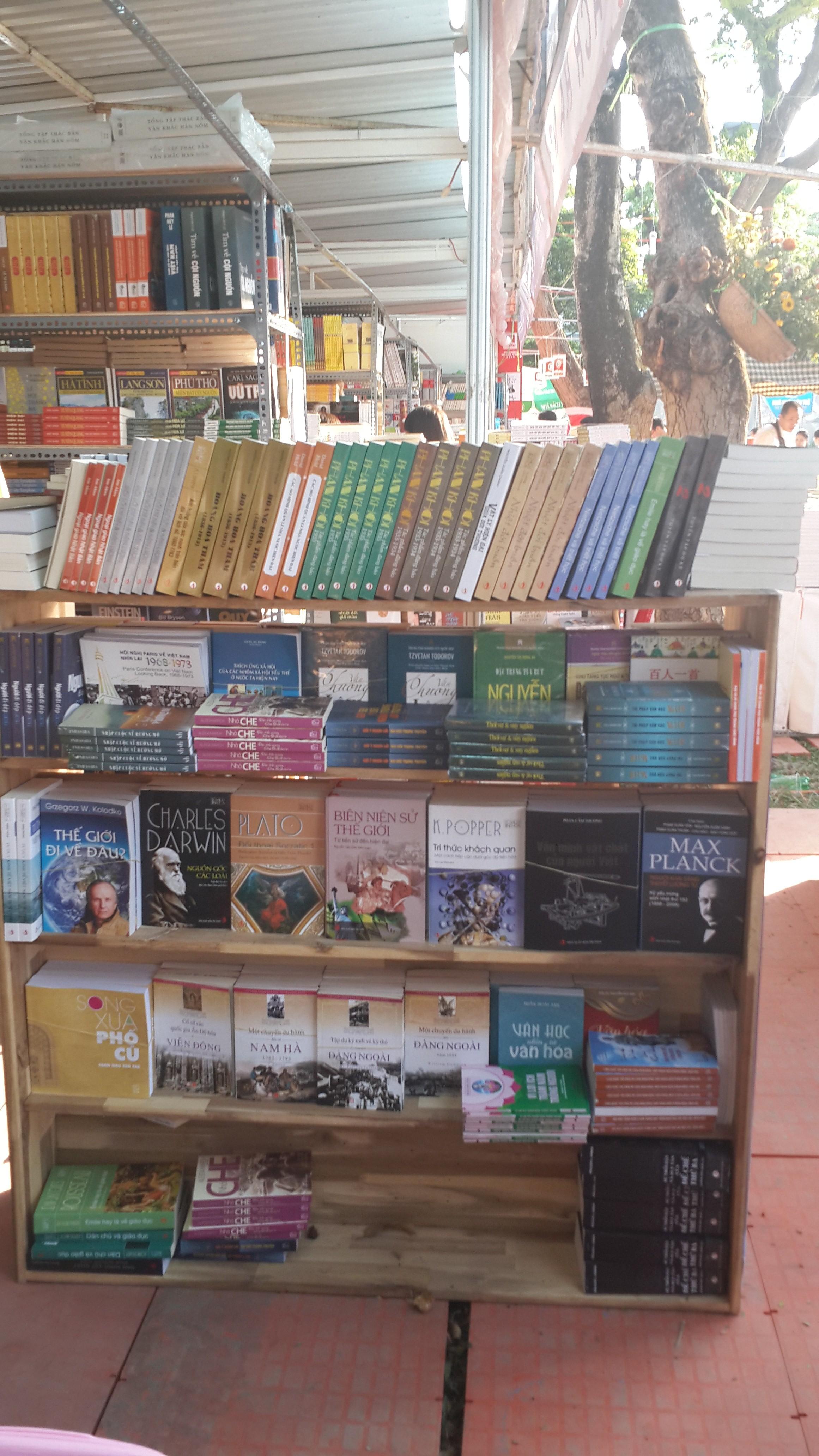 Sách của NXB Tri Thức cùng tham gia trong tuần lễ Hội sách tại TP.HCM