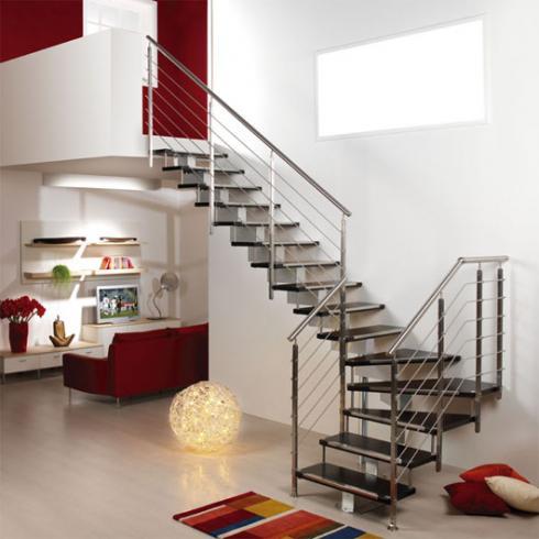 Cách lựa chọn cầu thang inox cho nhà cao tầng