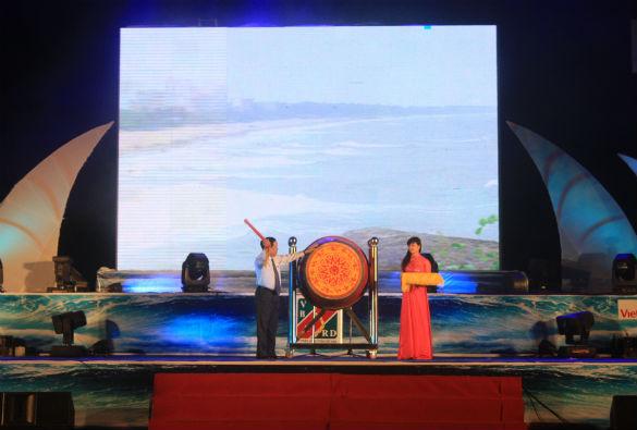 Sầm Sơn khai mạc lễ hội du lịch 2014