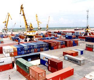 Thanh Hóa: Tổng giá trị xuất khẩu tháng 8 năm 2013 tăng 3,8%.