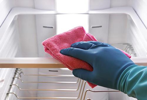 Hướng dẫn vệ sinh tủ lạnh hiệu quả