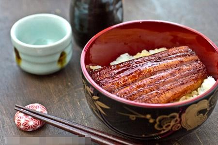 Lươn nướng Nhật Bản dễ làm mà ngon miệng