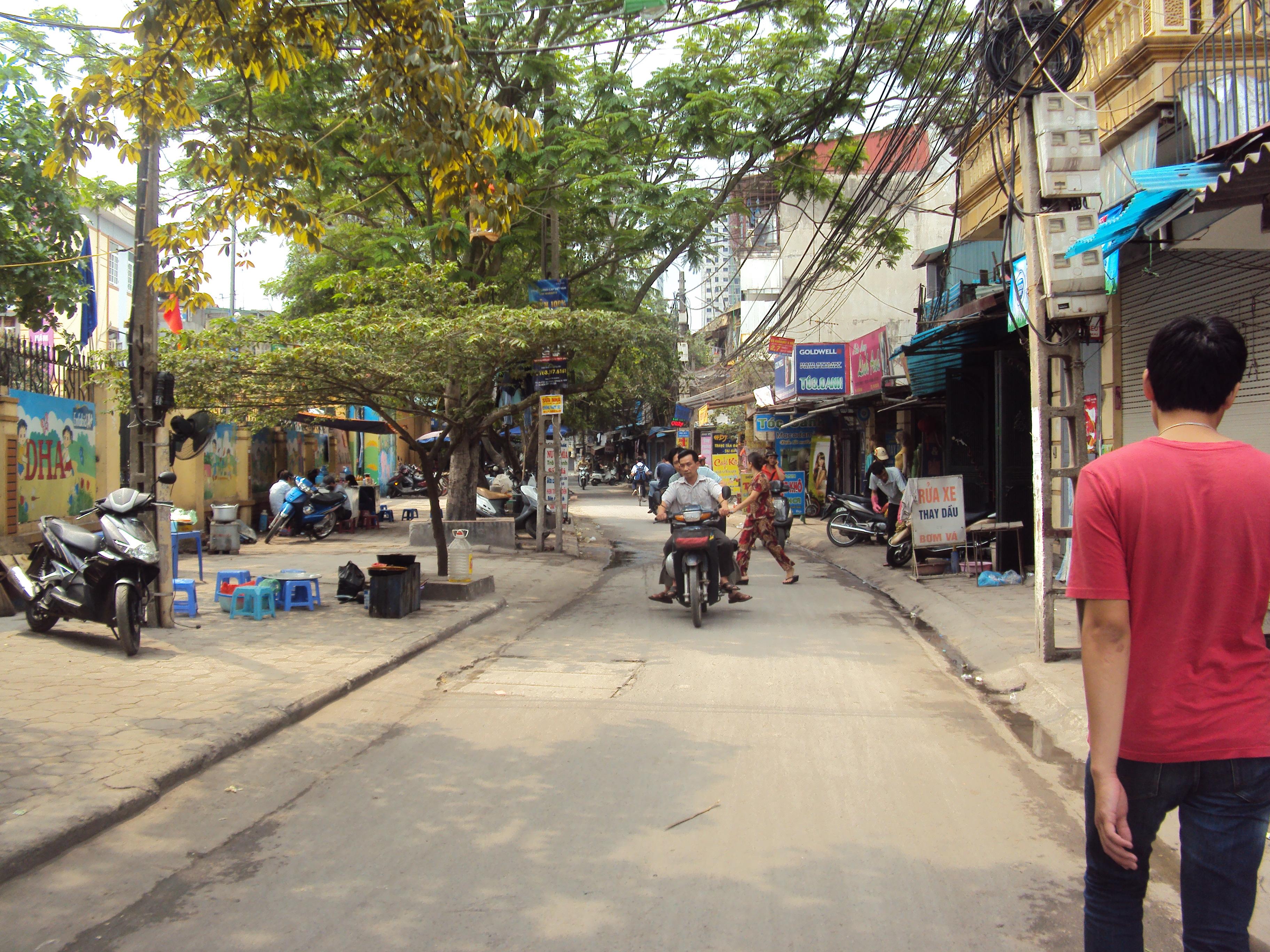 Nhà mặt đường