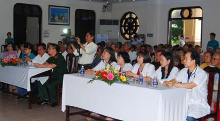 Viettel chăm sóc sức khỏe người dân tại Bạc Liêu - Lap mang Viettel