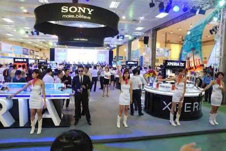 Ấn tượng với loạt sản phẩm mới của Sony tại Mobile Viet Nam 2012