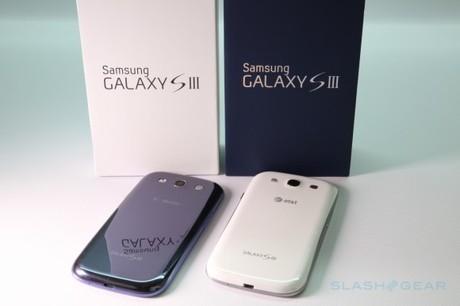 Galaxy S III vượt mặt iPhone, trở thành smartphone bán chạy nhất thế giới