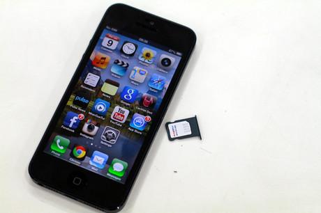 Giá iPhone 5 ở Việt Nam giảm mạnh chỉ trong một tuần