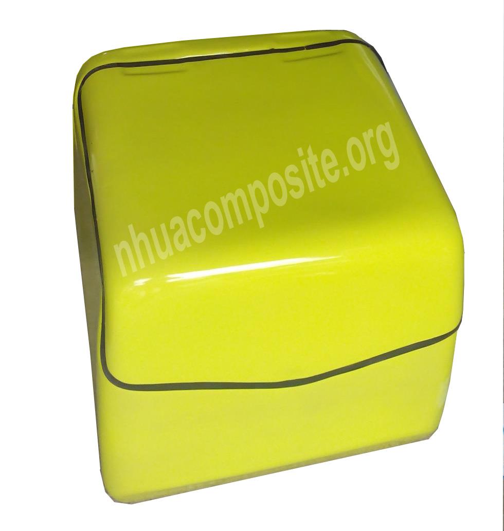 Nên mua thùng chở hàng Composite