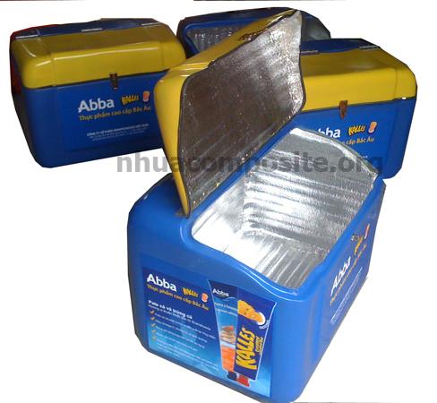 thùng composite chở hàng đông lạnh