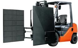 Xe nâng hàng kẹp Carton 3 tấn