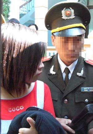 Hiệu trưởng mua dâm nữ sinh nhận 126 tháng tù