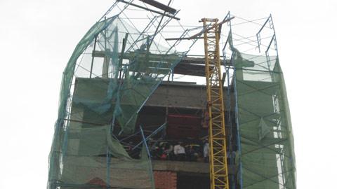 Sập Dàn giáo tại công trình xây dựng tòa nhà 7 tầng