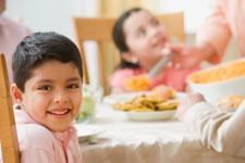 Lợi ích từ bữa cơm gia đình