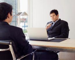 """""""Phỏng vấn"""" nhà tuyển dụng - Tại sao không?"""