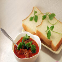 Bò Sốt Vang