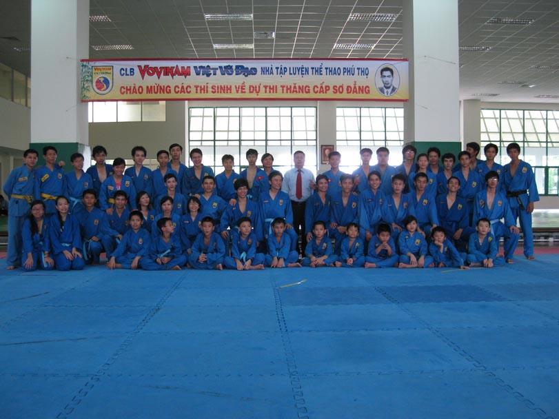 VOVINAM NTL TDTT PHÚ THỌ Thi thăng cấp -Khóa III năm 2011-Pasage de Grade