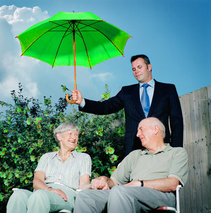 Lựa chọn sản phẩm – hợp đồng bảo hiểm phù hợp cho khách hàng.