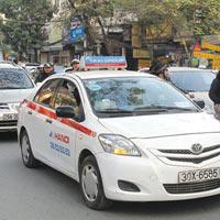 HN: Thêm nhiều phố cấm taxi giờ cao điểm