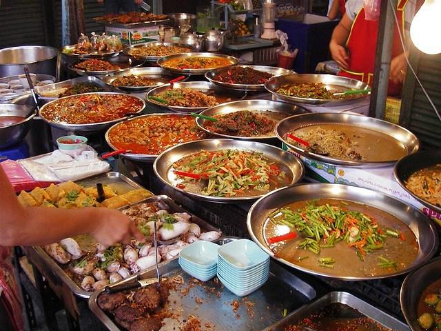 Những món ăn không thể bỏ qua khi Du lịch Thái lan.