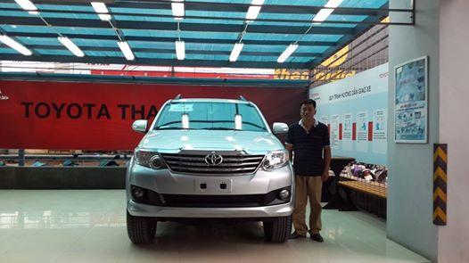 Ngày 17-7-2014: Bàn Giao Xe Toyota Fortuner V 4x2 2015 cho khách hàng công ty.