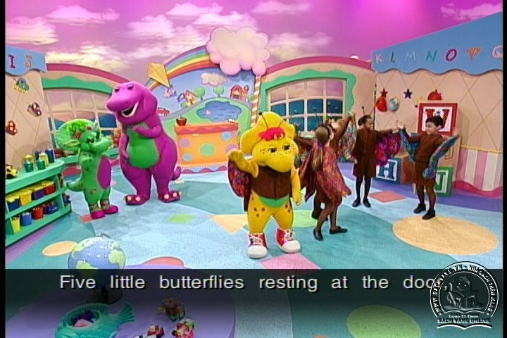 Barney Let's Play School - Picture 05